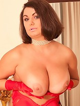 Alexia - New Nudes Is Good Nudes