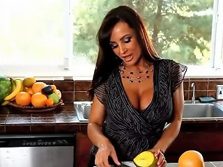 Smoking Mommy Lisa Ann Wants To Fuck Well Teen Dad's Friend
