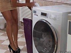 Hot Black Milf Interracial Banging In Bathroom Porn Videos