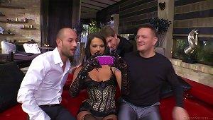 Ravishing Brunette Enjoys A Sizzling Double Penetration Threesome