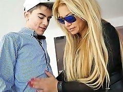 Mature Curvy Mom Alexa Blun Dped Brutally In Hardcore Video