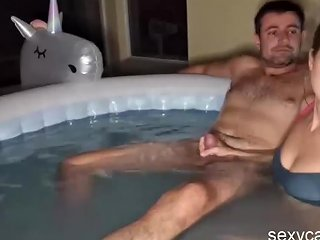 Lucky Guy And Three Hot College Girls Having Fun In The Pool