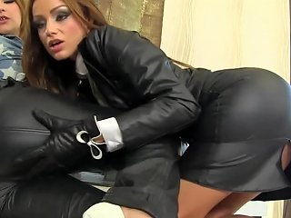 Marvelous Glamour Eurobabe Fucked Right Into An Asshole