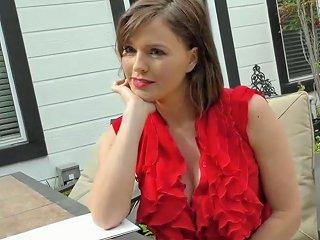 Beautiful Secretary Krissy Lynn Gets Invited By Boss For Random Hot Sex