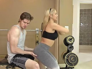 Fitness MILF Teaches Her Clients A New Training Technique