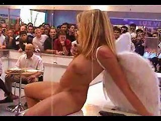 Denise Nude In Public As An  By Snahbrandy