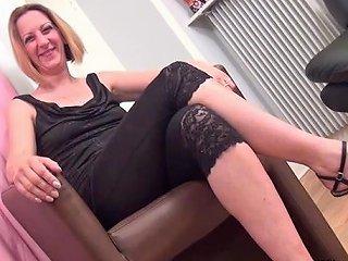 Le Casting De Louise Du Lac Femme Cougar Porn F8 Xhamster