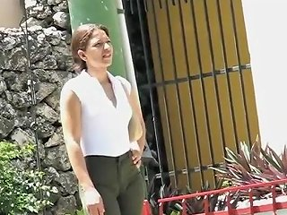 Cameltoe On A Lady In Business Clothes