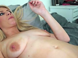 Sexy Amateur Milf With Small But Saggy Tits Free Porn Cd