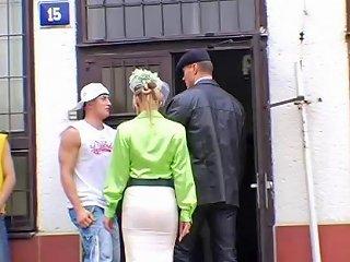 Carmelita Blue With Homeless Dude And Husband Sunporno Uncensored