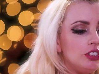 Lexi Belle Ride On Top Of Jenna Sativa Tribbing Porn Videos