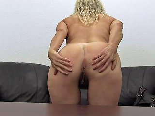 Hypnotic Mom Desiree Banging On Big Cock Hardcore