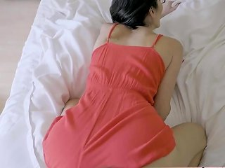 Cute And Skinny Stepmother Dava Fox Nuvid