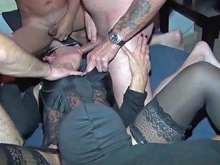 Quanti Cazzi Per La Mogliettina Gangbang Firenze Porn C6