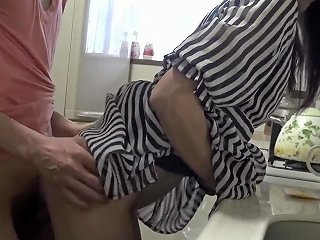 J 20yo Young Wife Back Style Of The Kitchen Free Porn 44
