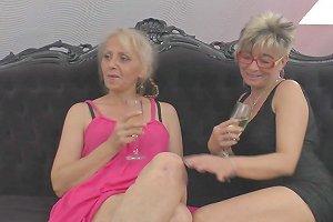 These Mature Senoritas Still Love Making Grand Lesbian Sessions