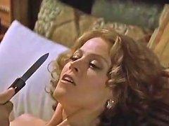 Sigourney Weaver Jennifer Love Hewitt In Heartbreakers 2001