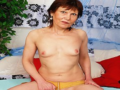 Annie Is Over 60 And Still Fucking Like She Was In Her 30s!^hot 60 Club Mature Porn Sex XXX Mom Video Movie