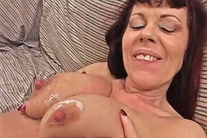 Freaky Ho Who Fills Ass And Pussy With Cock Free Porn A4