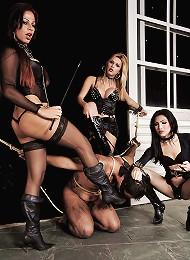 Karol Tatiane and Sandy share a submissive slave